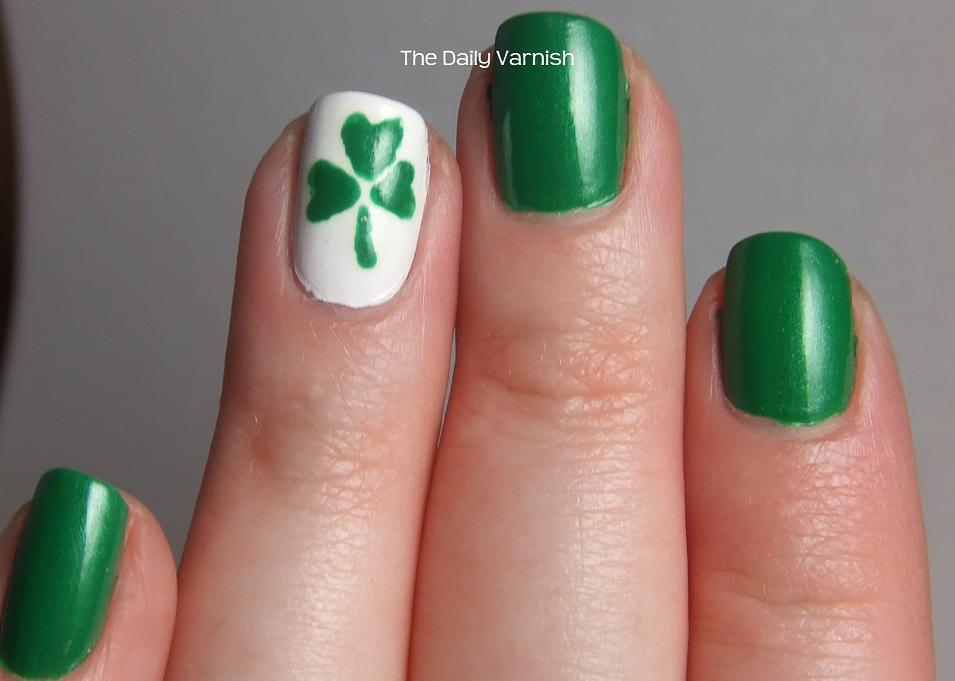 Nail Art: St. Patrick\'s Day Shamrocks | The Daily Varnish
