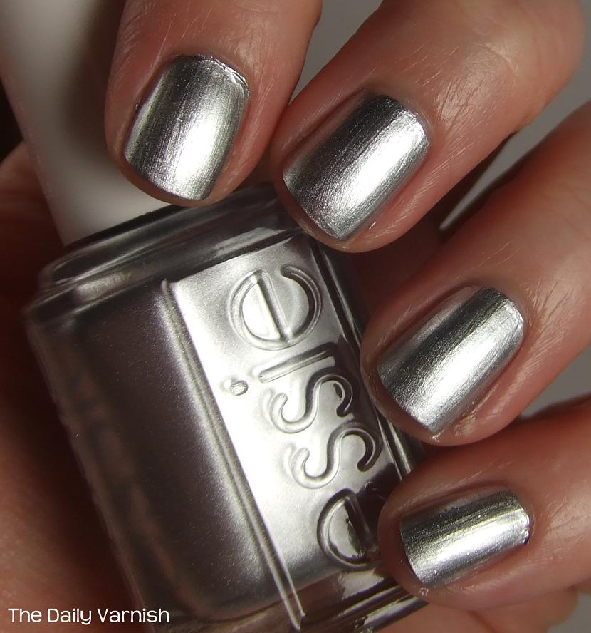 Essie No Place Like Chrome | The Daily Varnish