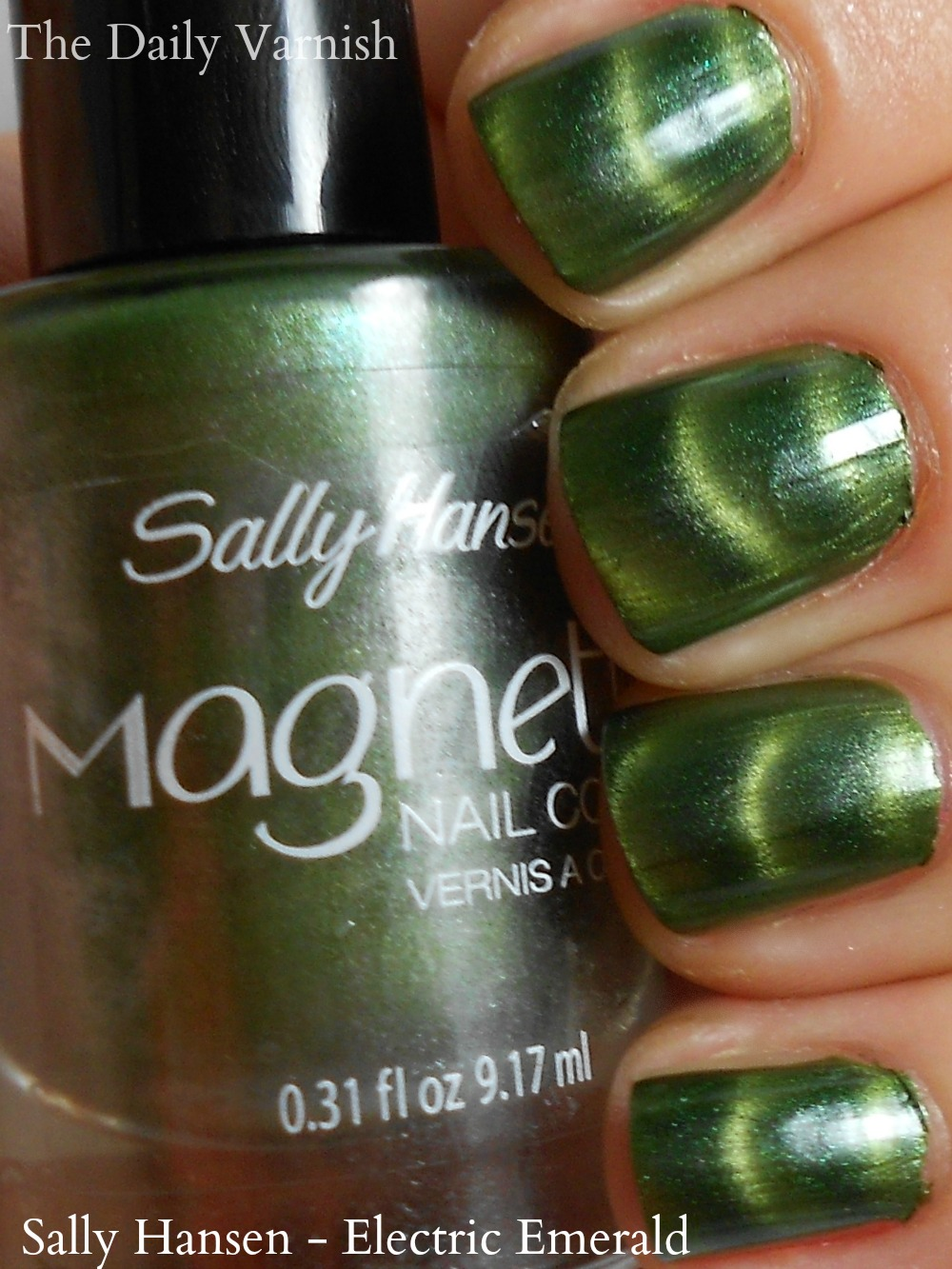Sally Hansen Magnetic Nail Color – Electric Emerald (+ #GetMagnetic ...