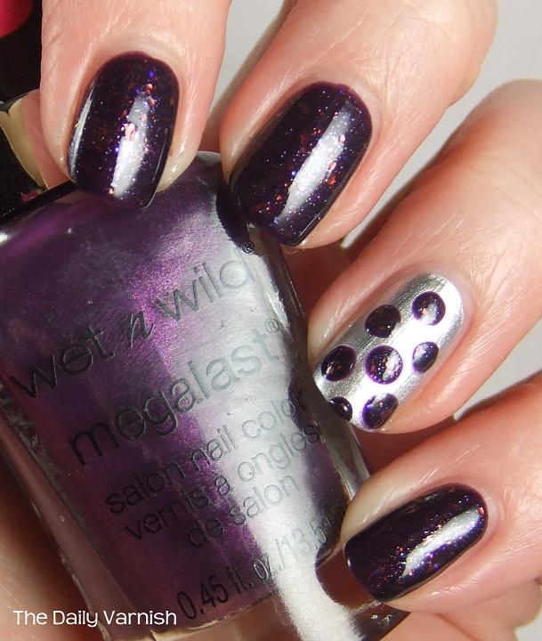 Nail Art: Large Purple Polka Dots