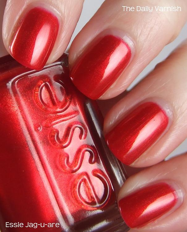 Essie Jag-u-are (+ wreath nail art) | The Daily Varnish