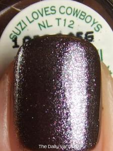 OPI Suzi Loves Cowboys OPI The World is Not Enough MACRO