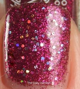 Sally Hansen GEM crush Lady Luck MACRO