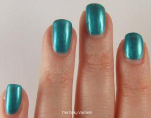 Maybelline Teal the Night 3