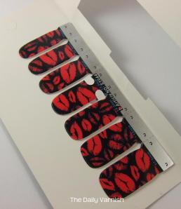 OMG Nail Strips Pink Kisses packaging 3
