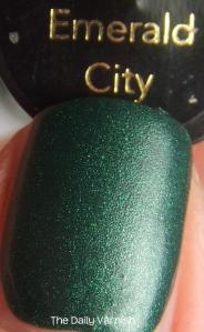 Revlon Emerald City MACRO