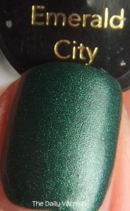 Revlon Emerald City MACRO