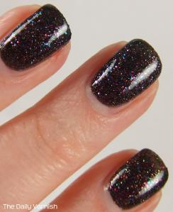 butter LONDON The Black Knight MACRO