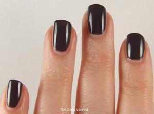 Essie Smokin' Hot 2