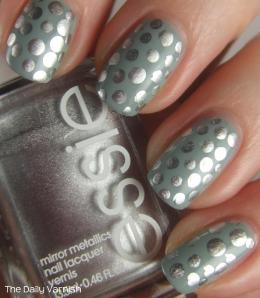 Metallic Polka Dot Nail Art 2