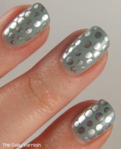 Metallic Polka Dot Nail Art MACRO