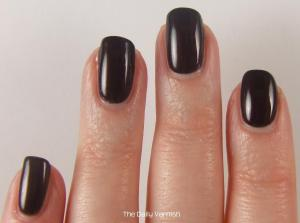 OPI Midnight in Moscow 3
