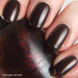 OPI Midnight in Moscow 4