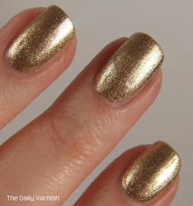 wet n wild Fergie nail color Grammy Gold MACRO