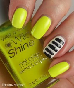 wet n wild Toothpick Stripes Nail Art